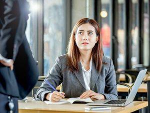 90% людей подвергаются буллингу от начальников и коллег