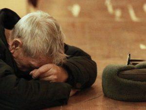 Бедность приводит мужчин к преждевременной смерти