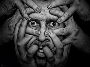 Тише, крыша: как распознать шизофрению?