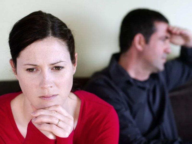 Мужчины страдают, когда их женщины зарабатывают больше