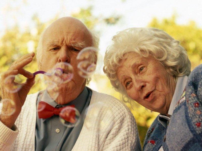Исследование: счастье партнера повлияет на продолжительность вашей жизни