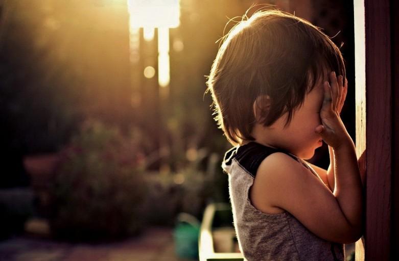 Детские психологические травмы влияют на высокий уровень стресса во взрослом возрасте