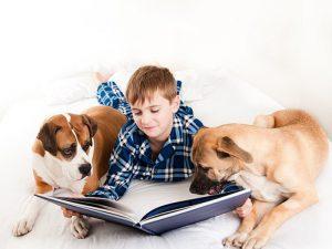 Дружба с собаками защищает детей от шизофрении