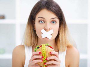 Ученые назвали самую опасную диету, вызывающую у человека агрессию