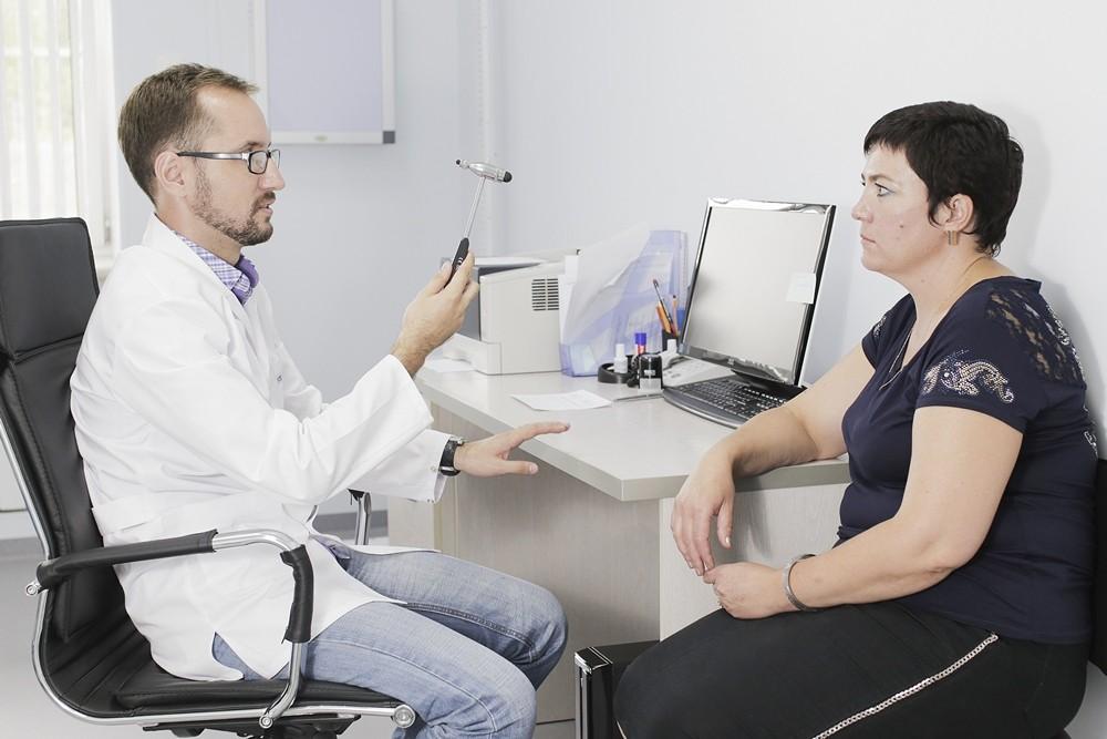 Что лечит врач невролог