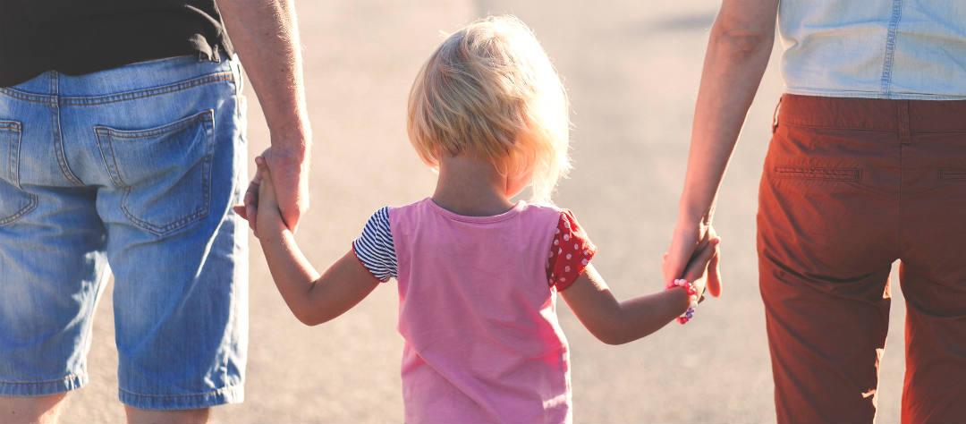 Развод и ребенок: психолог назвала типичные ошибки родителей
