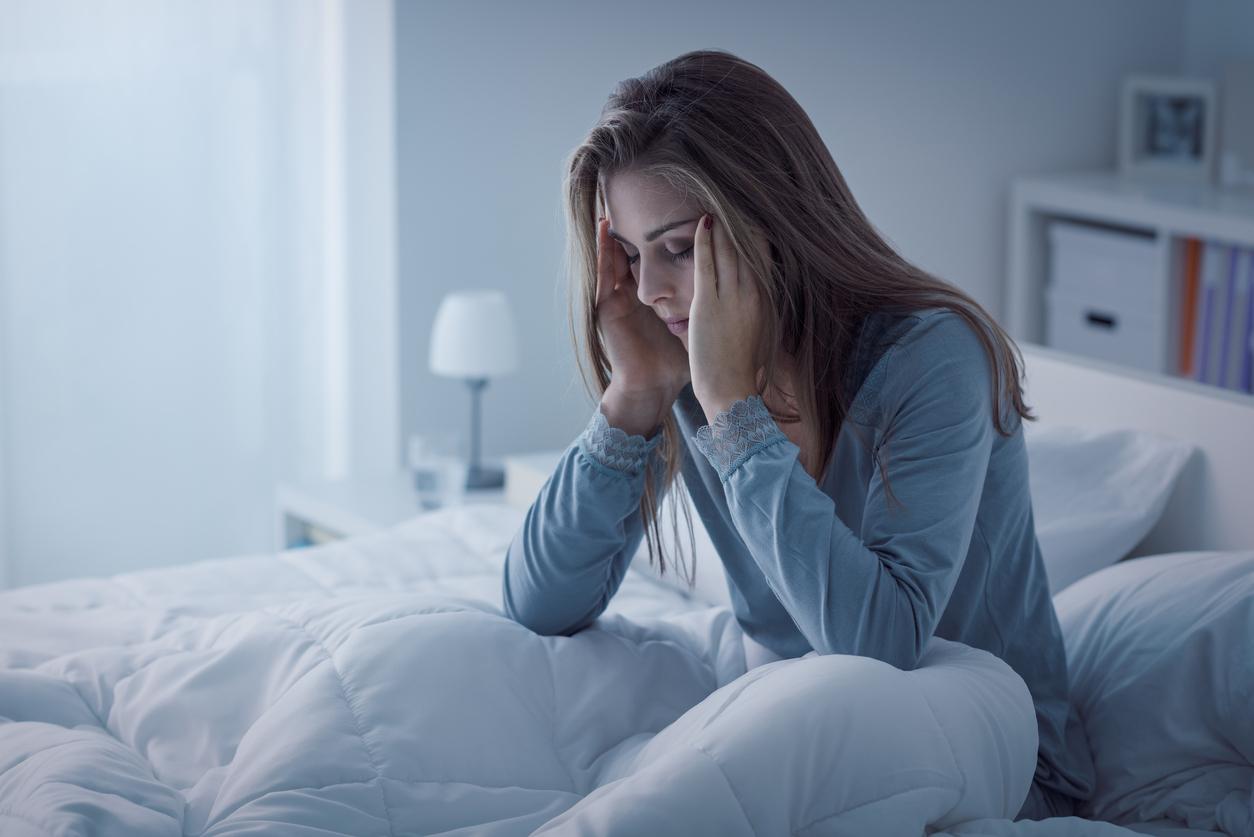 Обнаружена связь между депрессией, дефицитом сна и ожирением