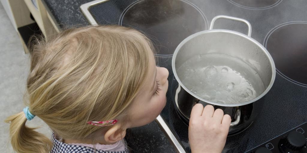 Ожог? Опасно ли для ребенка и что делать?