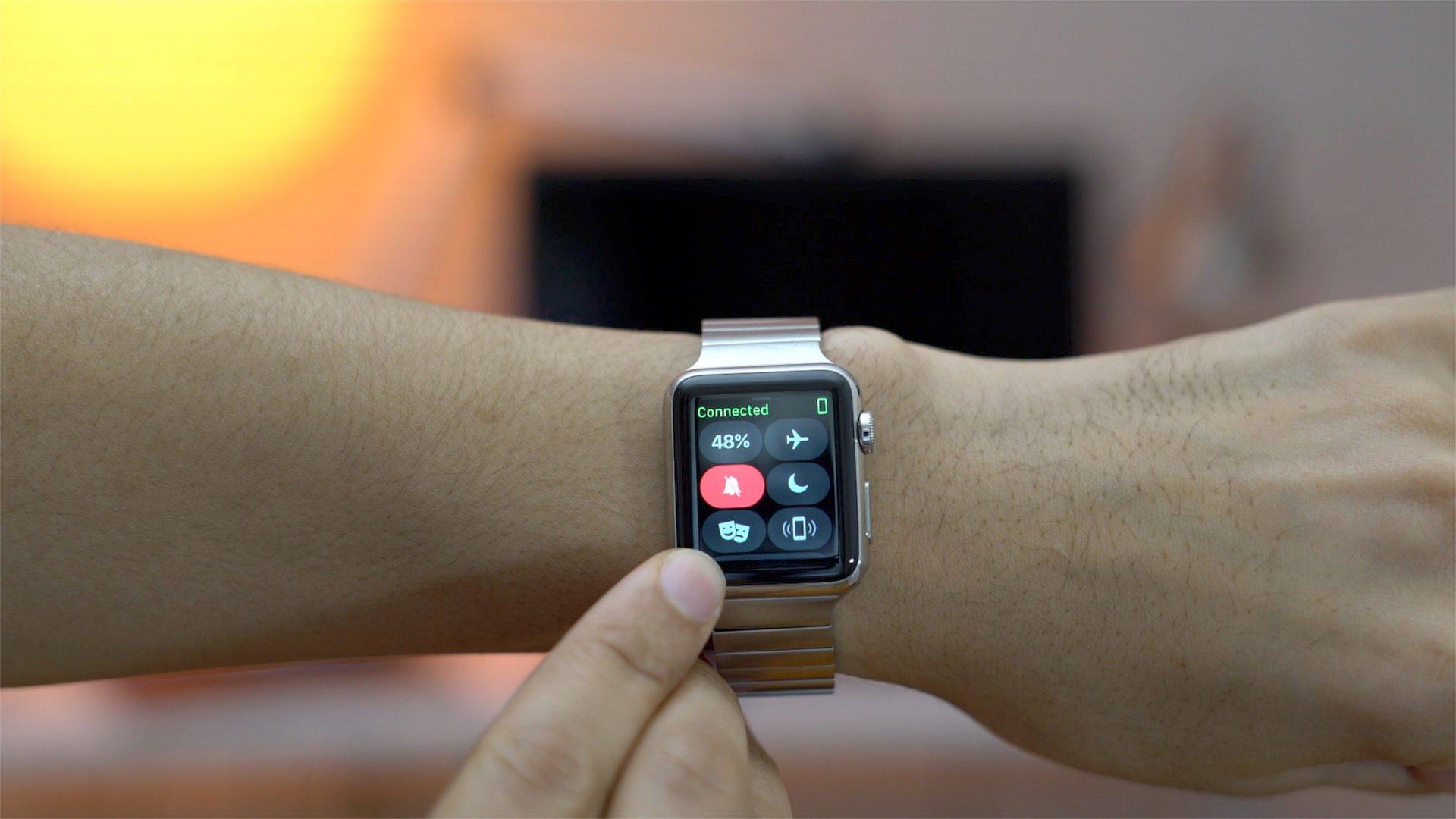 Умные часы от Apple будут использовать для наблюдения за неврологическими больными