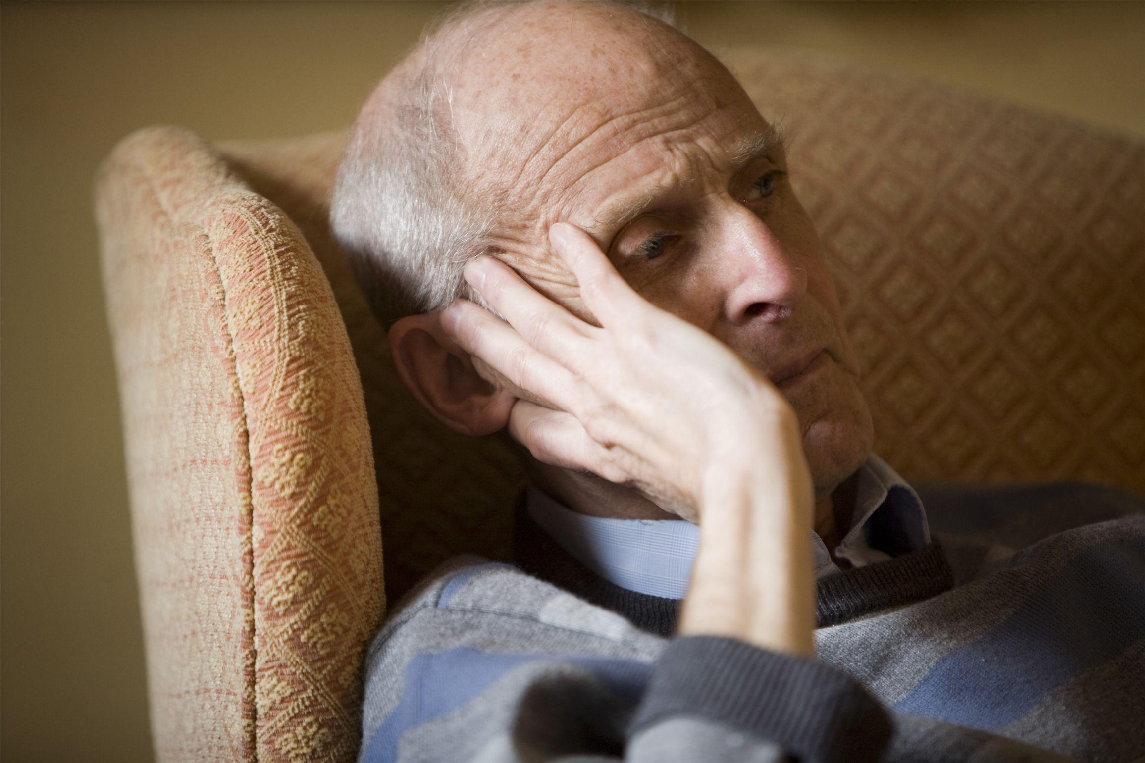 Депрессия и тревожность ускоряют развитие болезни Альцгеймера