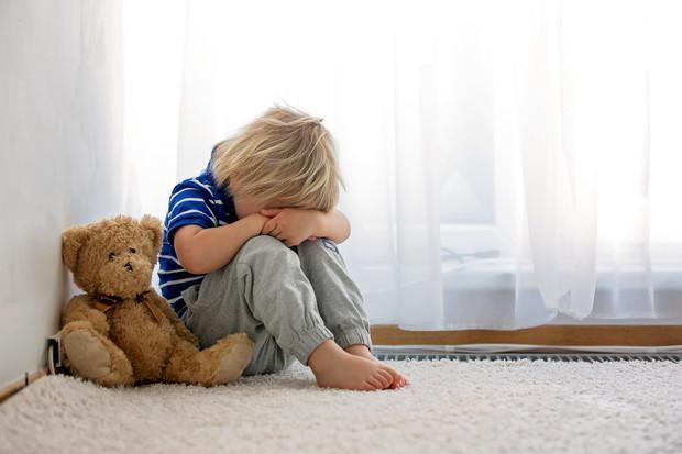 6 психологических травм из детства, которые калечат на всю жизнь