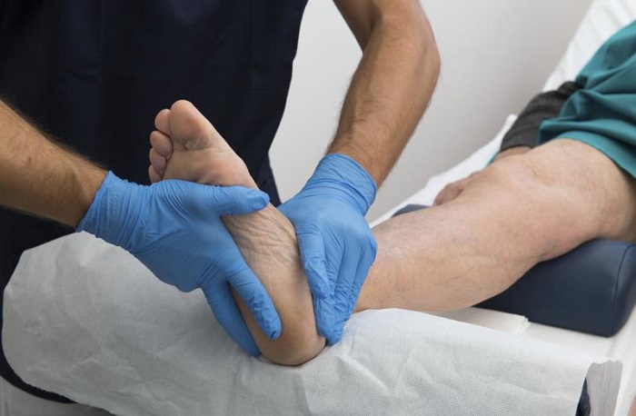 Чем опасна ишемия нижних конечностей, как ее лечить