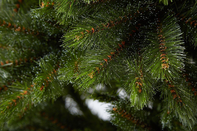 Искусственные ёлки от компании Urbantree