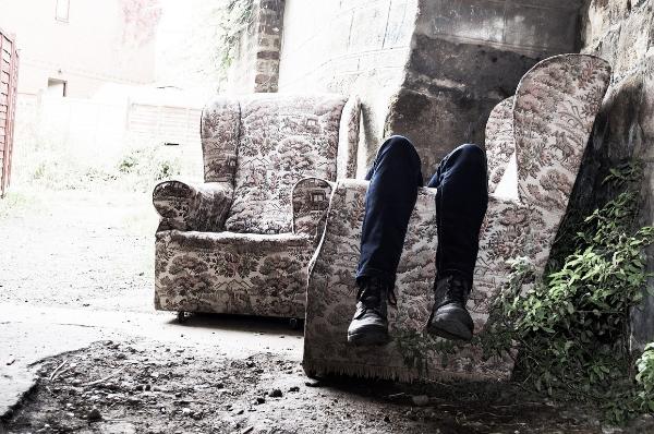 Что такое депрессия: какими признаками и симптомами проявляется